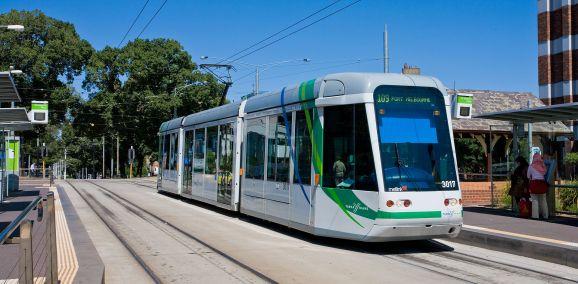 C_Class_Tram,_Melbourne_-_Jan_2008
