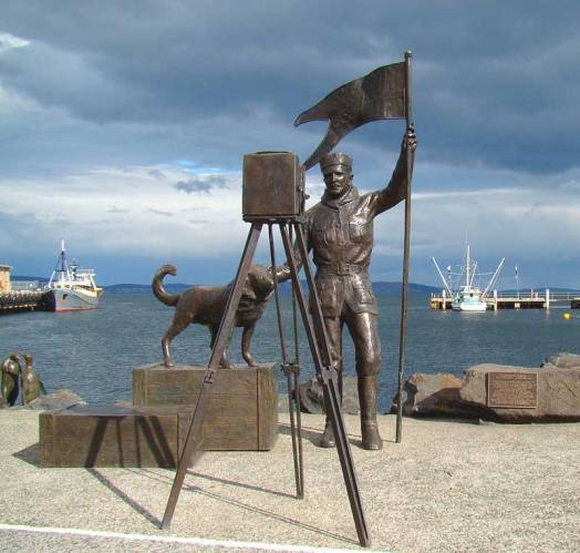 Bernacchi-Statue