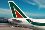 alitalia-airplane-16007461