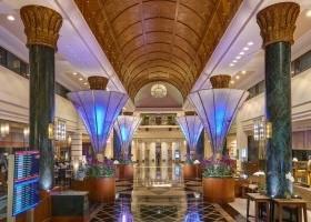 Lobby-Night-EntranceView12