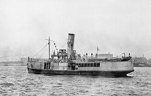 300px-HMS_Iris_II_1918_IWM_Q_55564