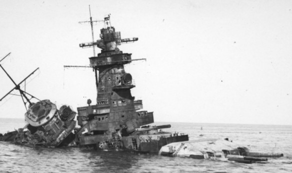 The_wreck_of_the_Admiral_Graf_Spee_1