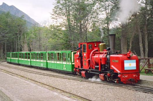 tierra-del-fuego-national-park-and-end-of-the-world-train-in-ushuaia-218709