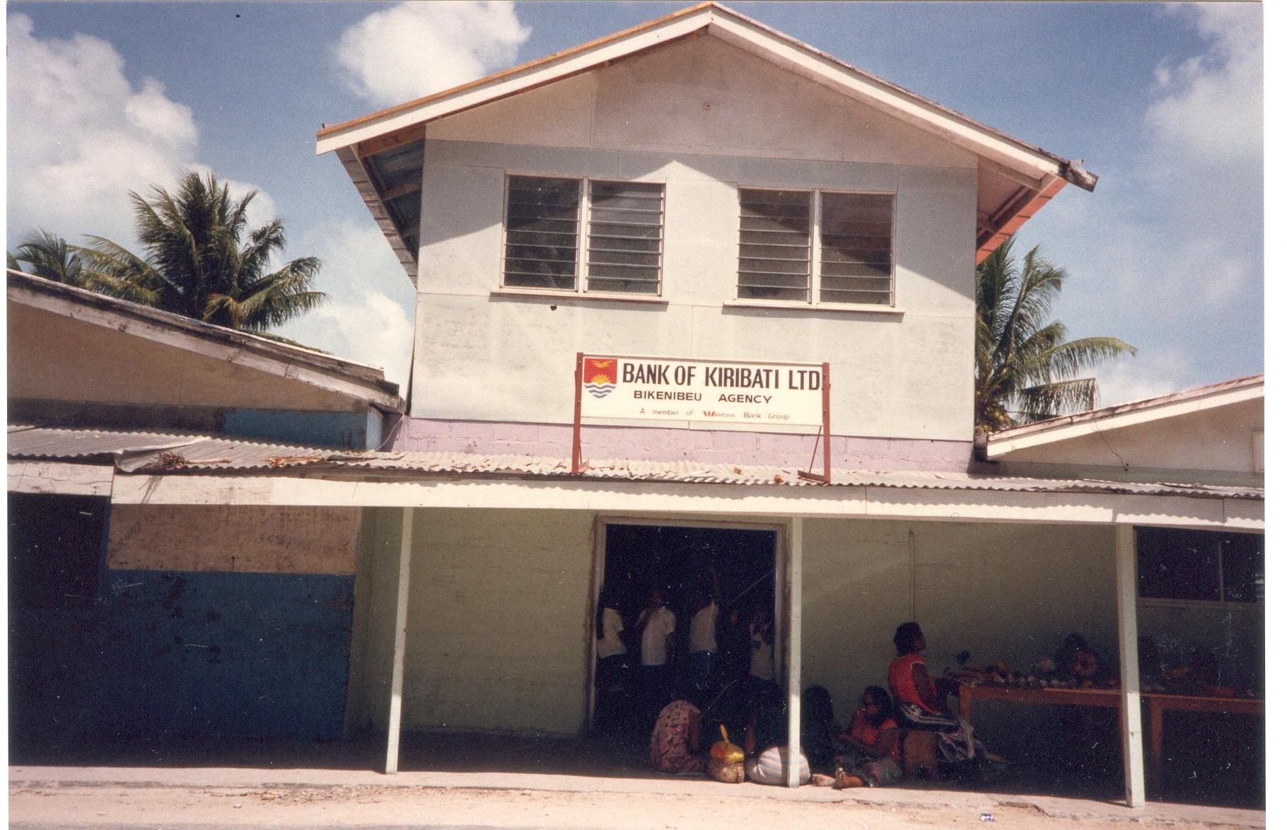 Local bank in Batio 001