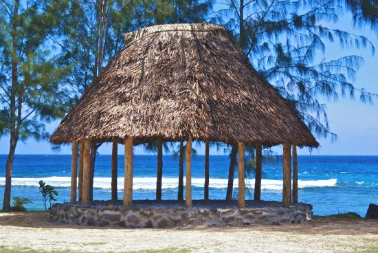 samoan-fale-in-amanave