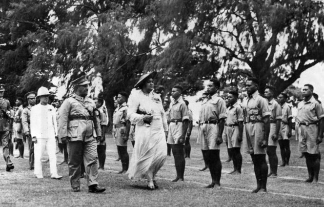 Tonga-Defence_Force_Inspection